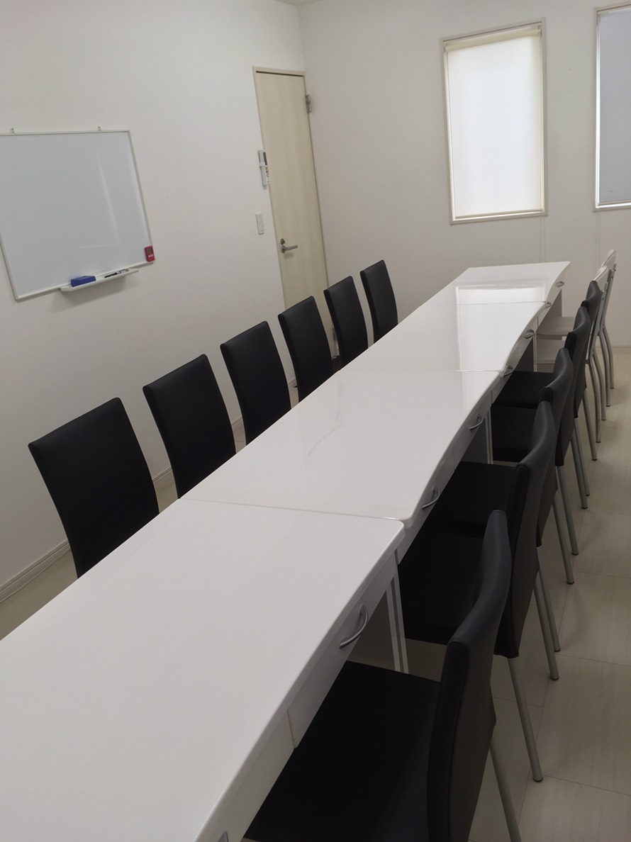 社内 女性用休憩スペース